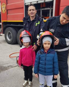 gradinita 101 dalmatieni nr 264 sector 4 bucuresti pompierii 240x300